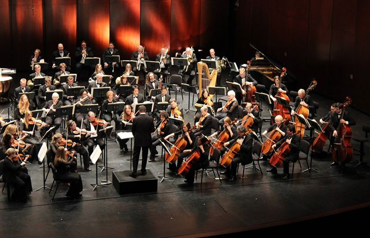 performing-with-dearborn-symphony